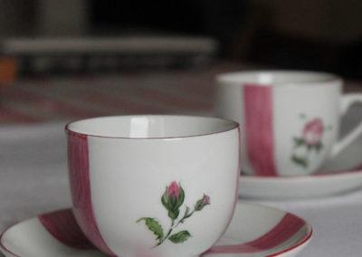 tasse-cafe-rose-ancienne
